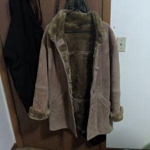 Gallery 100% Genuine Leather Jacket